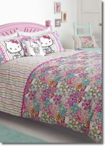 Hello Kitty Mauvy Duvet Set