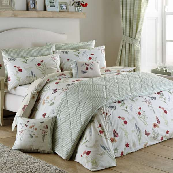 Duvet Cover & Pillow Case Set - Country Journal - Easy Care Print
