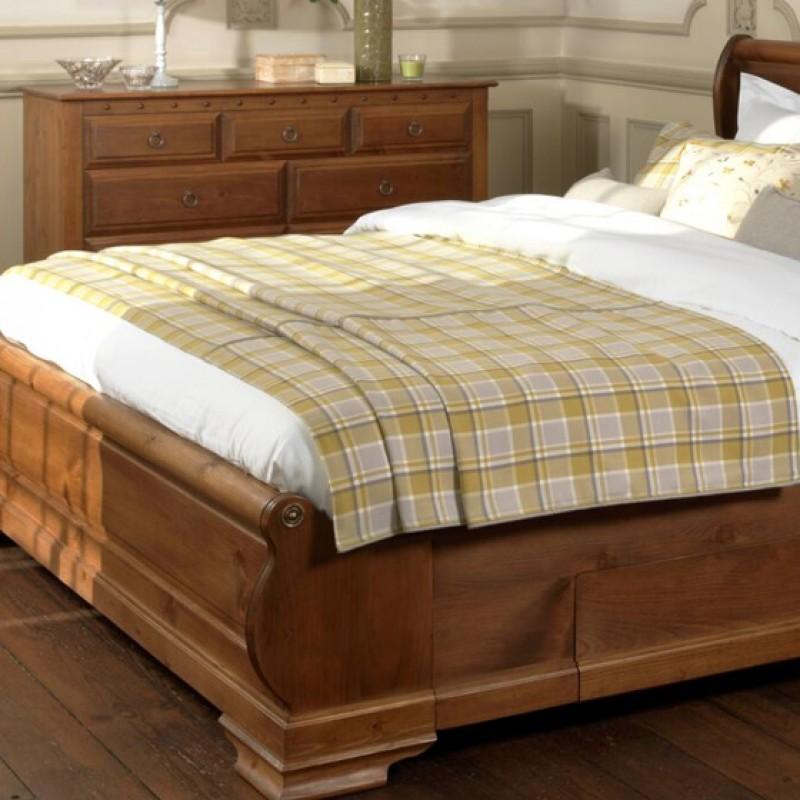 Emperor Bedspread In Check Bowland Fabric Luxury Bedding