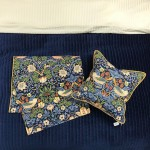 Strawberry Thief Bed Runner & 2 x Cushions - Double, King, Super King