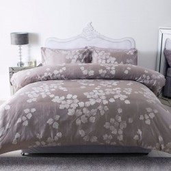 Small Double Duvet Set in Enara - Jacquard