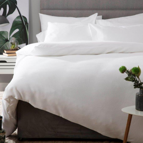 Small Double Duvet Set in Waffle Weave White