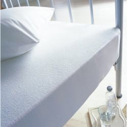 "Double Waterproof Mattress Protector - 4'6"" x 6'3"""